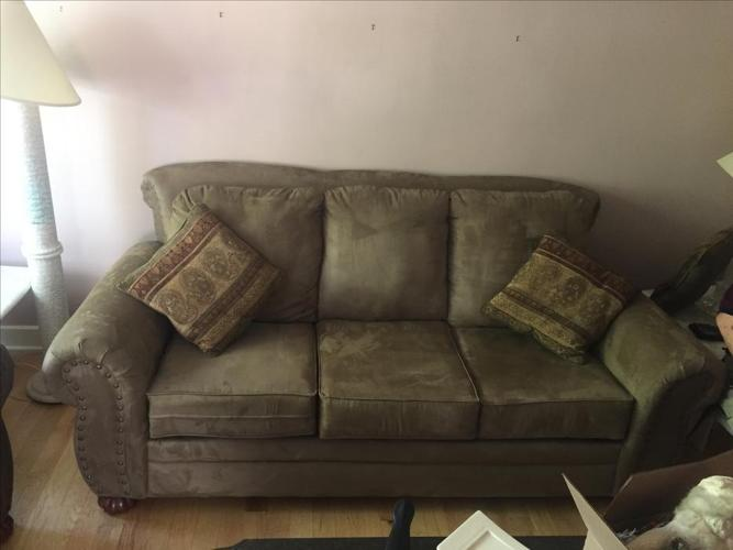 Couch, excellent condition