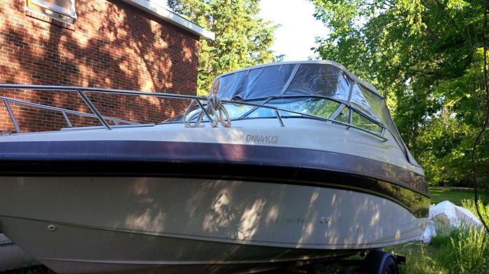 Crownline 21CCR Caddy Cabin Inboard/outboard MerCruiser 5.7