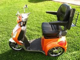 Daymak Rickshaw Electric Mobility Scooter Derand