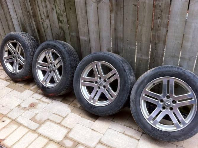 Dodge Charger Magnum 18 Quot Wheels Tires W Rims 225 60r18 For