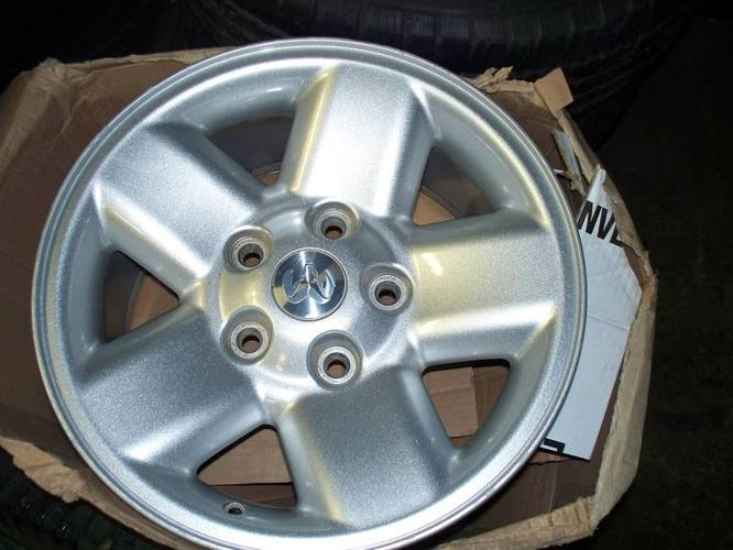 dodge ram 17 inch alloy wheels rims for sale in niagara falls ontario ads in ontraio. Black Bedroom Furniture Sets. Home Design Ideas