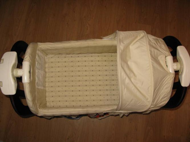 Eddie Bauer Bassinet For Sale In Simcoe Ontario Ads In
