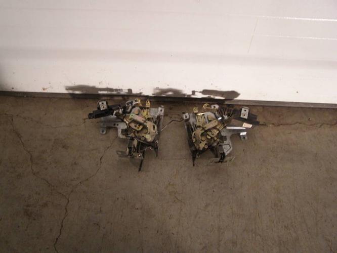 electric door lock asemblies for sliding door fits 1999 to 2003