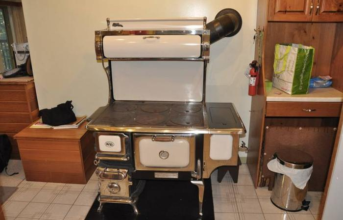 Elmira wood cook stove - Elmira Wood Cook Stove For Sale In Bala, Ontario - Ads In Ontraio