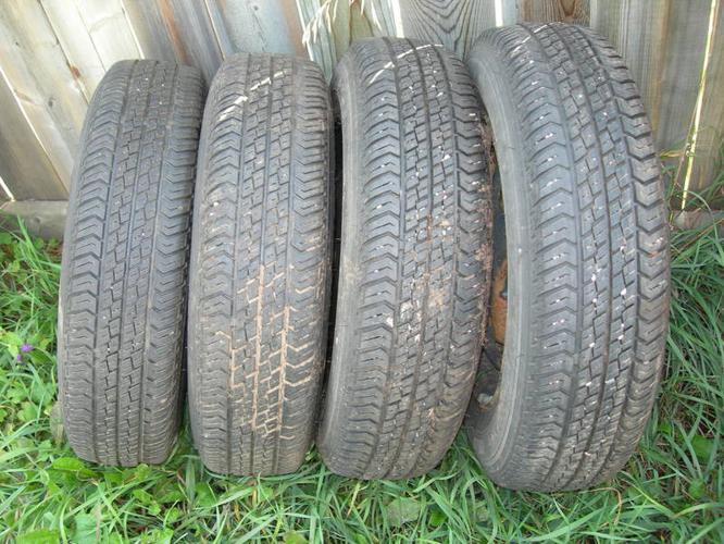 Four (4) Motomaster AW P155/80R13 All Season Tires on rims