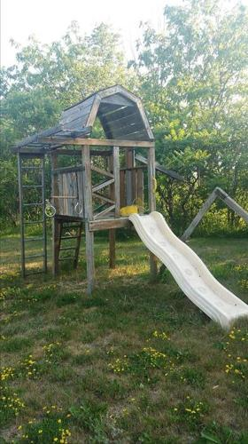FREE: Complete Play structure
