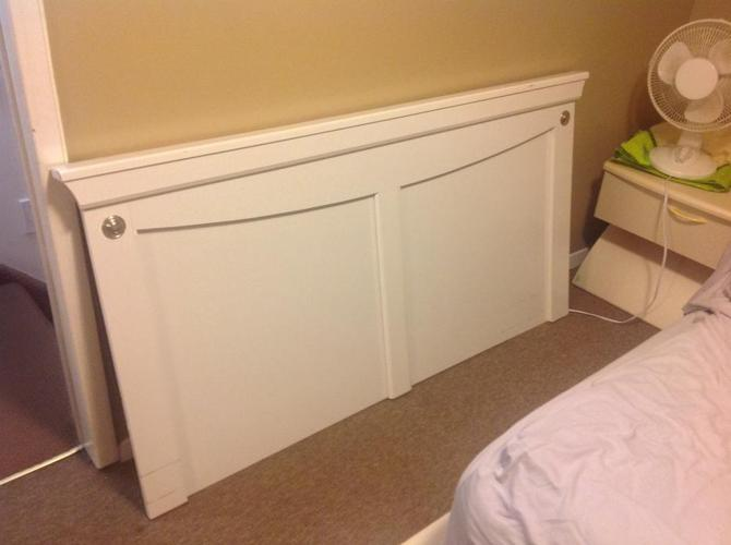FREE: HEAD BORD (for double bed)