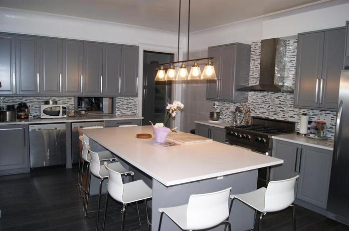 Furnished Rooms for Rent - All Inclusive - Steps from Le Cordon Bleu & Ottawa U