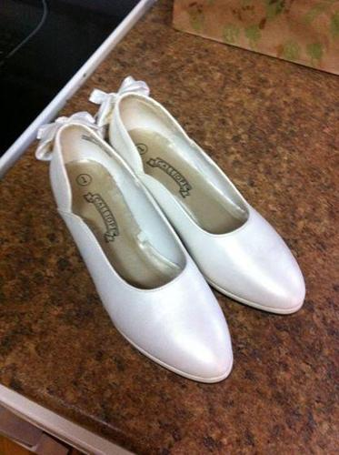 Gilrs Size 1 First Communion Shoes