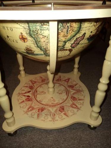 Globe Bar - In Excellent Condition