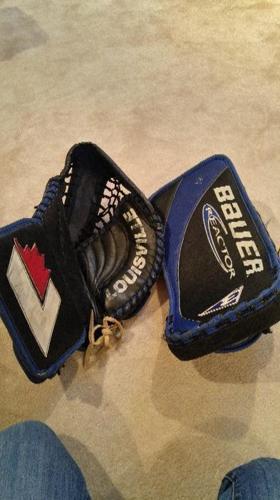 goalie glove/blocker, adult size