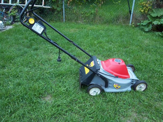 Honda HR 17E Electric Lawnmower  REDUCED