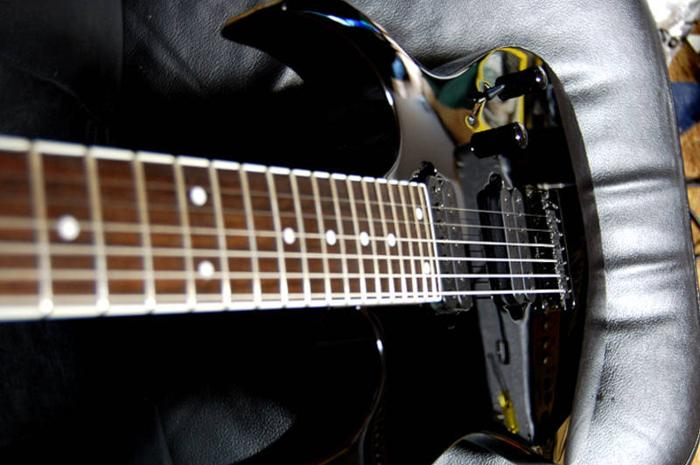 Ibanez rg 7321 seven string with gigbag