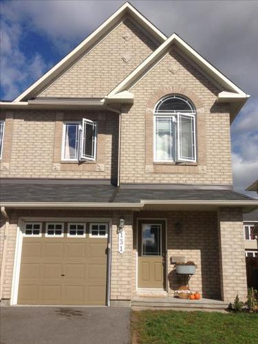 Impressive End Unit Townhome in Avalon