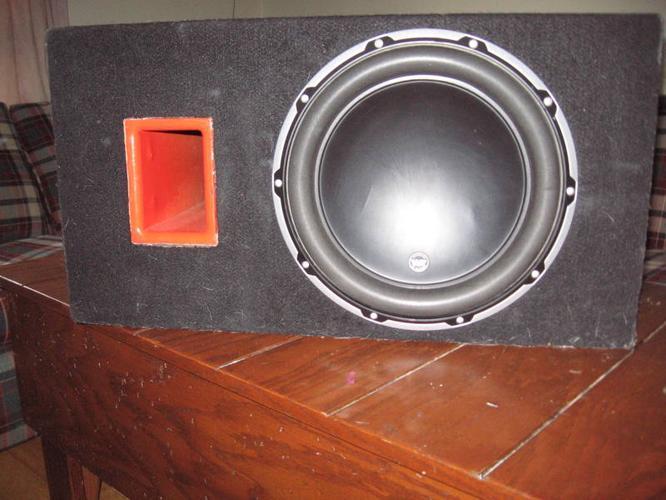 JL audio W612