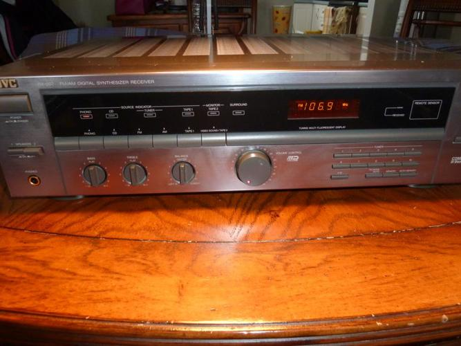 JVC RX-207 AM/FM Stereo Receiver Amplifier Amp Phono & Remote