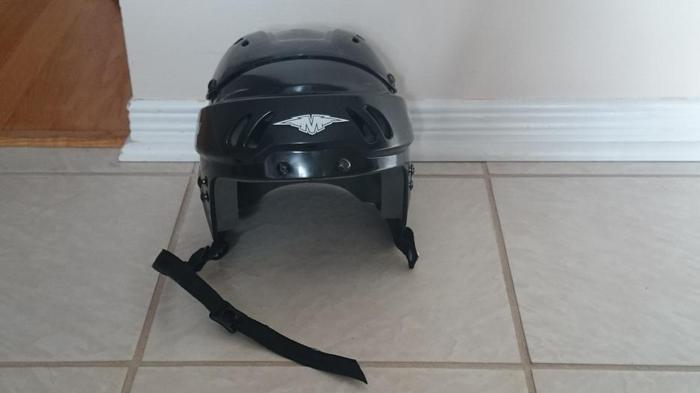 Kid's winter sports helmet