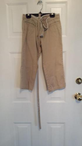 Ladies Capri Pants