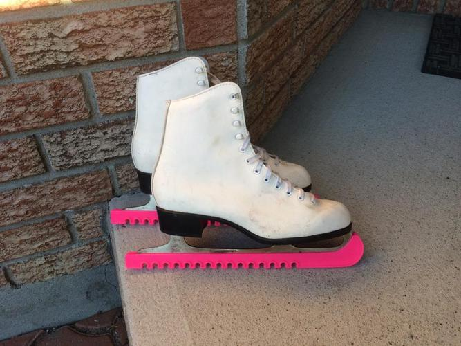 Ladies CCM Skates