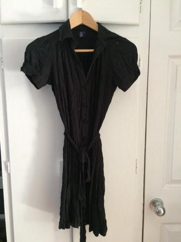 Ladies Gap fall dress (size xs) Black