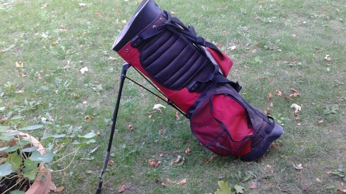 Lightweight Nike golf bag