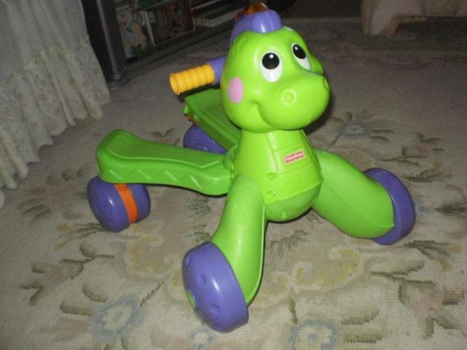 LIKE NEW,UNISEX FISHER-PRICE GO BABY GO STRIDE-TO-RIDE CUTE DINO