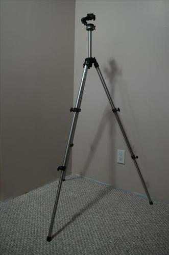 MANFROTTO MODEL 290 ITALIAN TRIPOD WITH GREAT HEAD MINT
