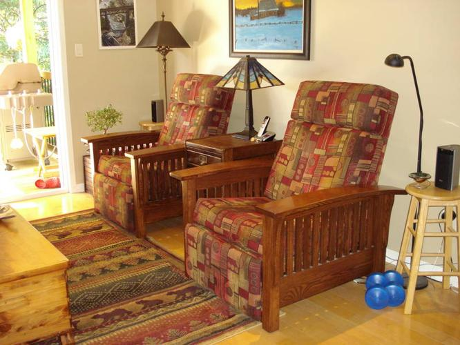 Mission Style Oak Recliner Chairs For Sale In Parry Sound