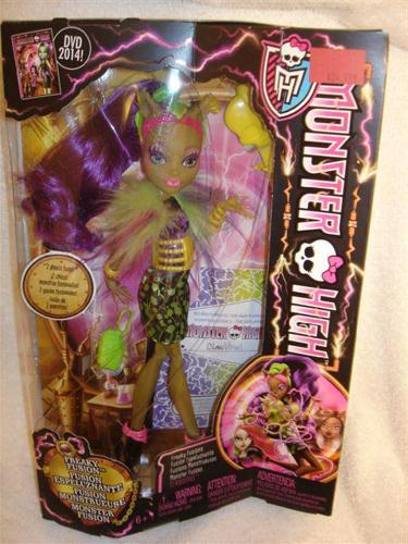Monster High Freaky Fusion CLAWVENUS DOLL BNIB Brand new in sealed box
