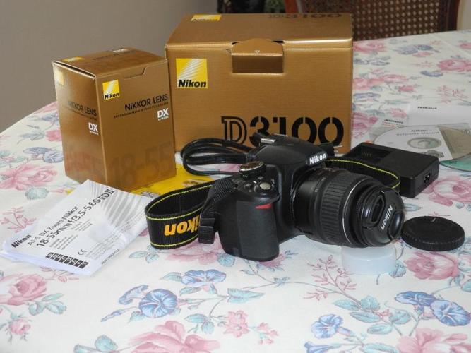 Nikon D3100 14.2 MP DSLR Kit with 18-55mm Lens - like new