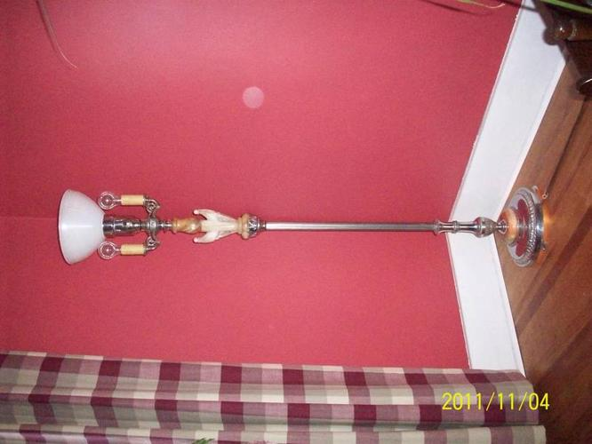 Old lamp 50,s Shade included