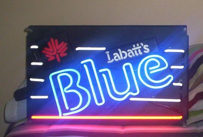 Original Labatt's neon sign