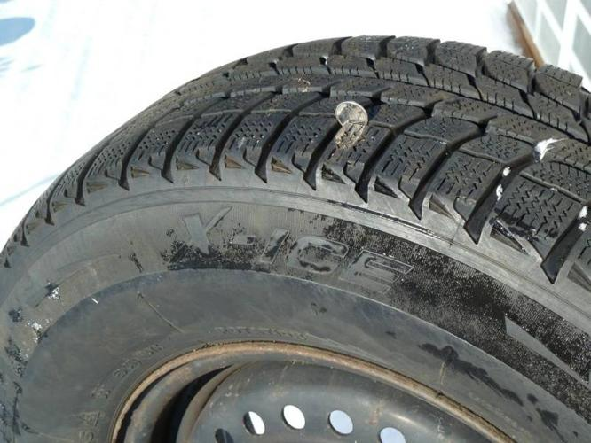 P205/75 R 14 Michelin X Ice Snow Tires