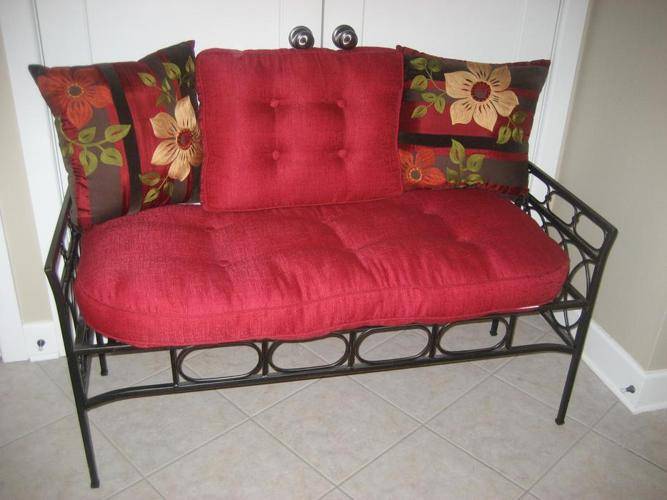 Pier1 Wrough Iron settee / bench with all cushions in Kanata