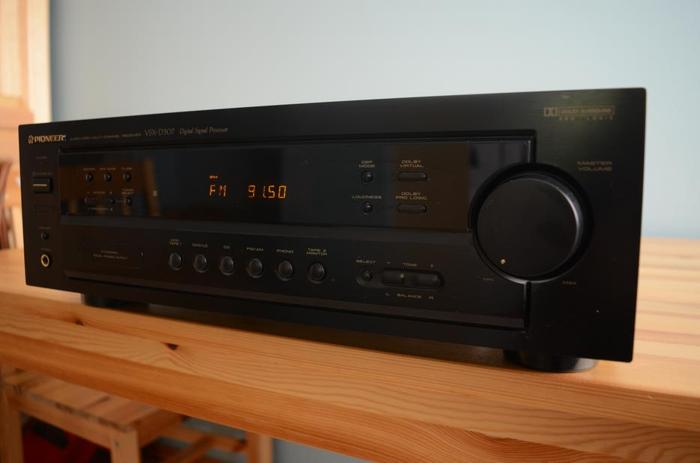 Pioneer VSX D307 Stereo 100W Pro Logic Dolby Receiver