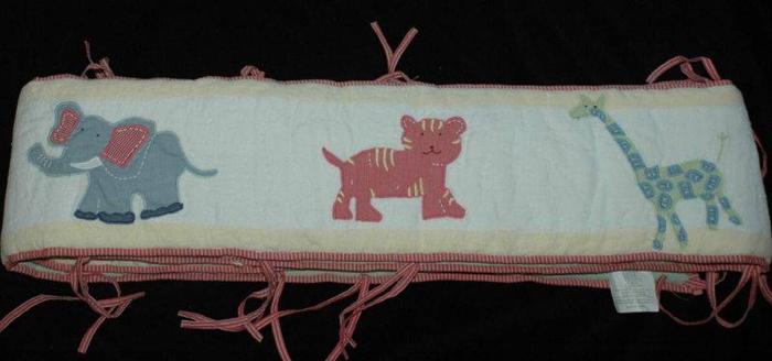 Pottery Barn Jungle Safari Animals Crib Bumper & Mobile