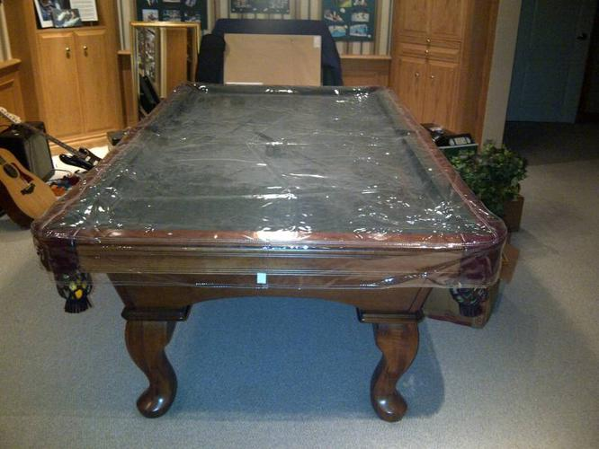 PRICE REDUCTION Olhausen 4x8 Pool Table