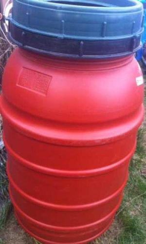 Red 200L Rain Barrel