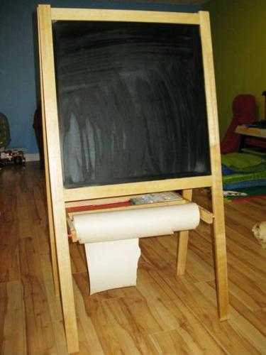 reduced ikea mala easel great for kids to be creative for sale in windsor ontario. Black Bedroom Furniture Sets. Home Design Ideas