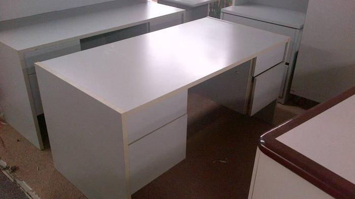 Small Gray Desks Many Available For Sale In Mississauga