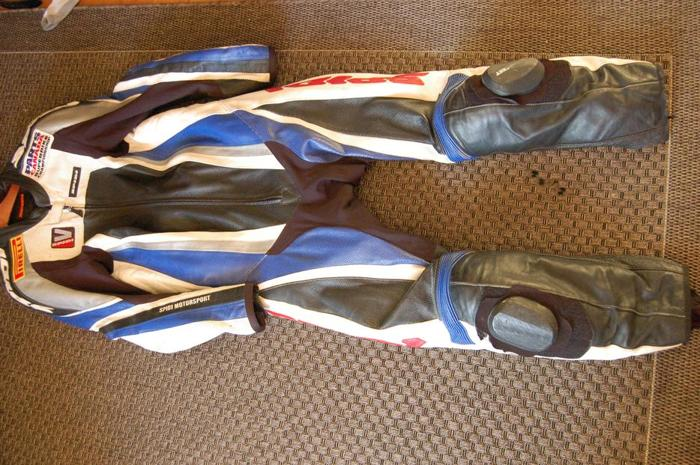 Spidi 1 piece leather suit and Alpinestars back protector