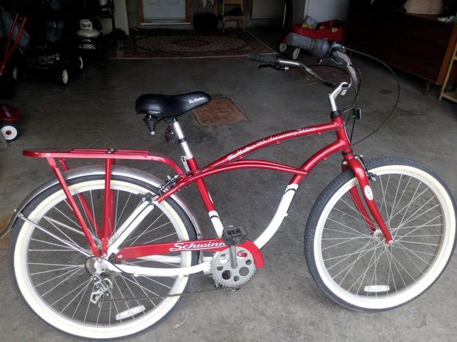 TIM HORTON  40th ANNIVERSARY  SCHWINN BICYCLE