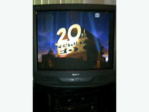 TV Stand & DVD Player