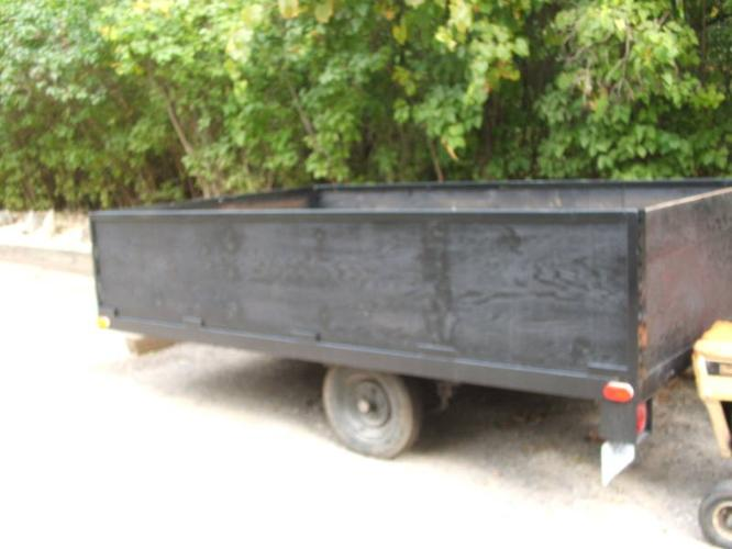 UTILITY TRAILER 6.3 BY 10.6 WITH 2' sides