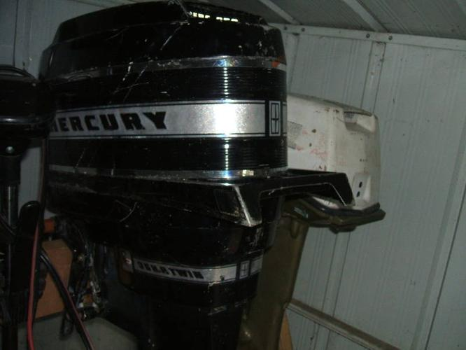 Vintage 1966 Mercury outboard electric start