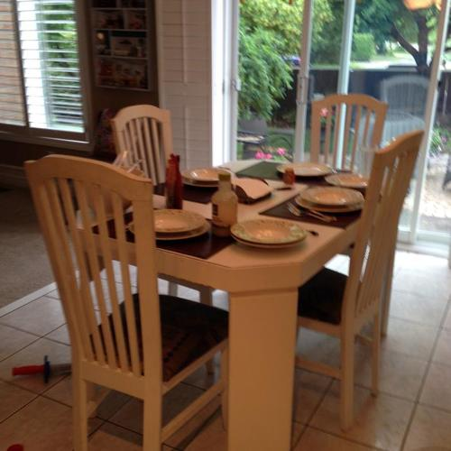 White Kitchen Table with Four Matching Chairs