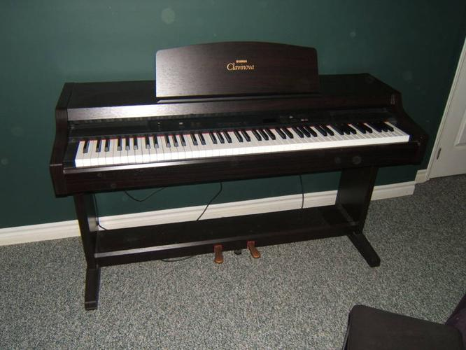 yamaha clavinova clp 820s electric piano for sale in north. Black Bedroom Furniture Sets. Home Design Ideas