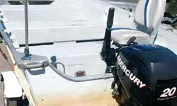starcraft deep wide model SF 14 S 1994 with mercury 20 hp 4 stroke 2009 and trailer 2 seats and fish finder