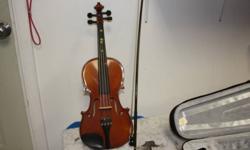 """14"""" strunal viola, model 3/10 c/w case. call (780) 518-7324"""