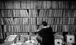MOST RECORDS ARE PRICED AT $8 EACH - CONTACT ME FOR LIST OF CURRENT RECORDS FOR SALE - RECORDS ARE LOCATED IN AYLMER - 1500 RECORDS IN FAIR TO MINT CONDITION. A LITTLE BIT OF EVERYTHING FROM THE 60'S TO THE 90'S BUT MOSTLY 70''S AND 80'S ROCK. ALSO HAVE